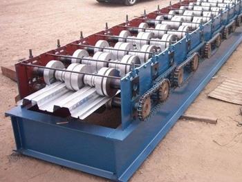 688型楼承板压型设备